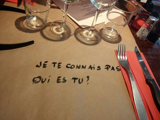 L'Annexe: A nice tablecloth!