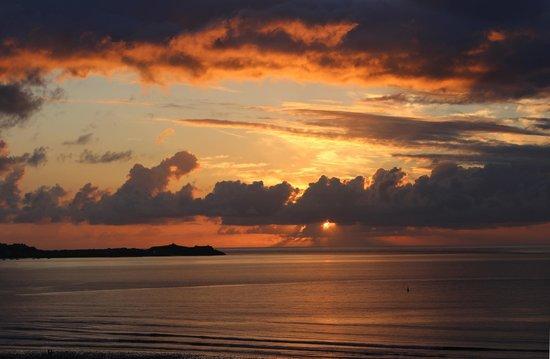 The Penellen Hotel: Sunset over St Ives