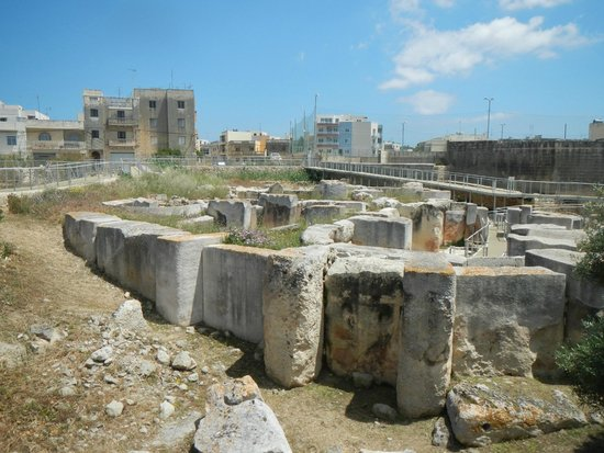 Tarxien Temples photos by @TravelNetworkAU