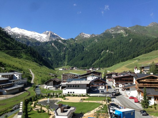 Hotel Alpenhof Hintertux: View from our room...