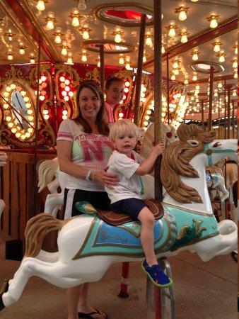 Schlitterbahn Beach Resort: Carousel Ride!