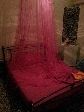 Pension Livadaros: bedroom