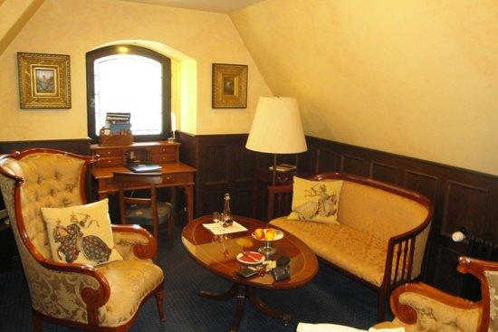 Burghotel Auf Schönburg: room