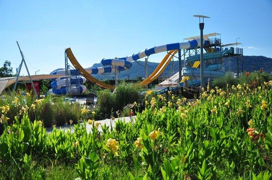 Hilton Dalaman Sarigerme Resort & Spa: Slides in the resort