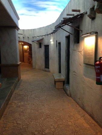 Museu de Cera : Cena 1