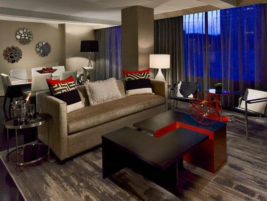 Sonesta Philadelphia Downtown: Newly Re-Designed Presidential Suite Living Area