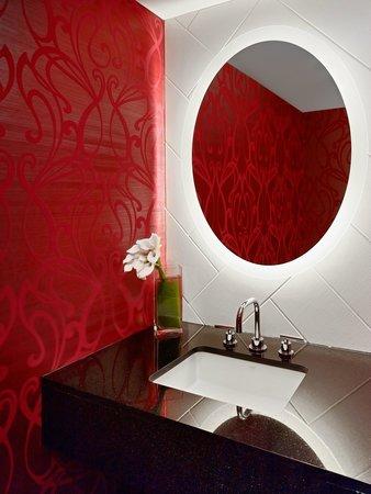 Sonesta Philadelphia Downtown: Newly Re-Designed Presidential Suite Half Bath