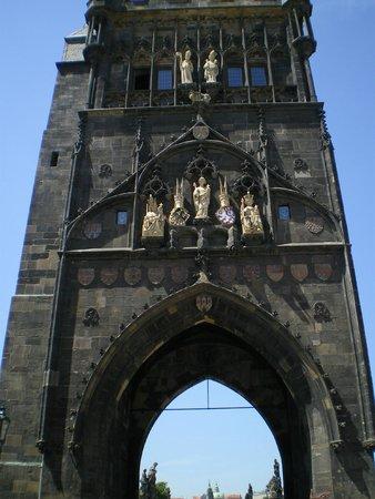 Puente de Carlos: Detalle de la Torre gótica