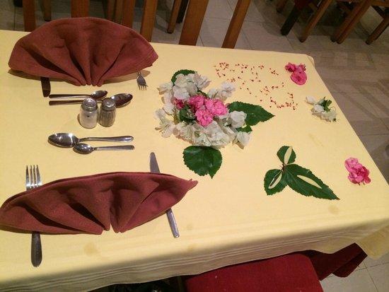 Ramada Liberty Resort Hotel: Dinner in main restaurant