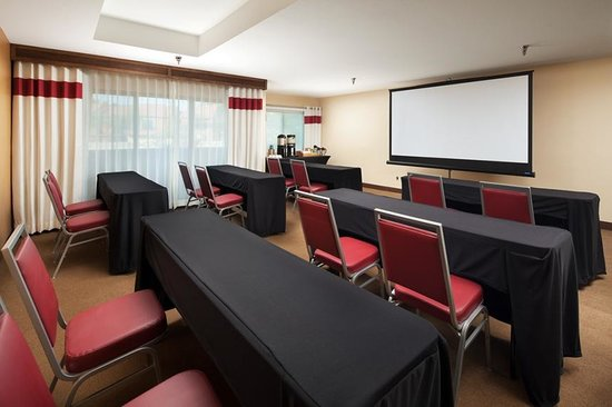 Four Points By Sheraton Phoenix South : Boardroom