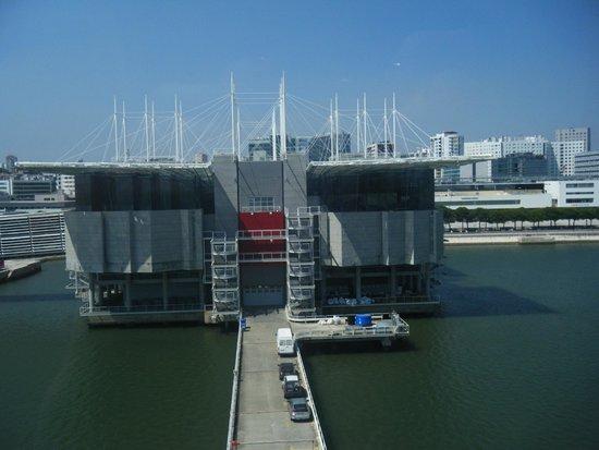 Lisbon Oceanarium : Oceanario di Lisbona dalla teleferica