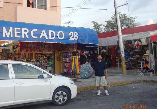 Hotel Riu Palace Las Americas: Compras no mercado 28