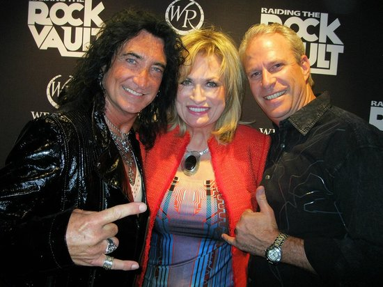 Raiding The Rock Vault : Robin Mc Auley and our friends Scott and Shauna.