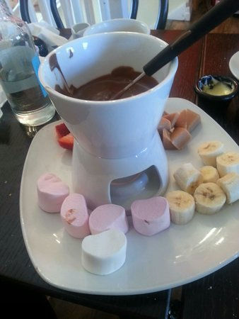 Chocolate Cafe: Chocolate Fondue!  Lovely :-)
