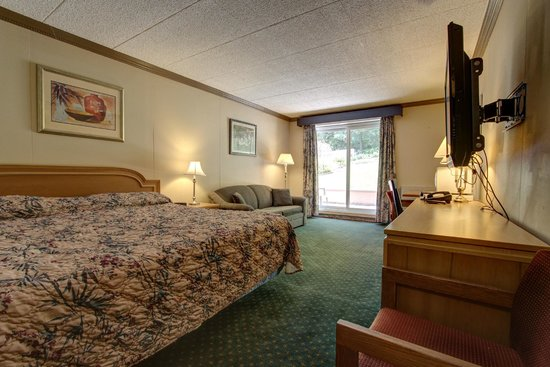 Owen Sound Inn: Room