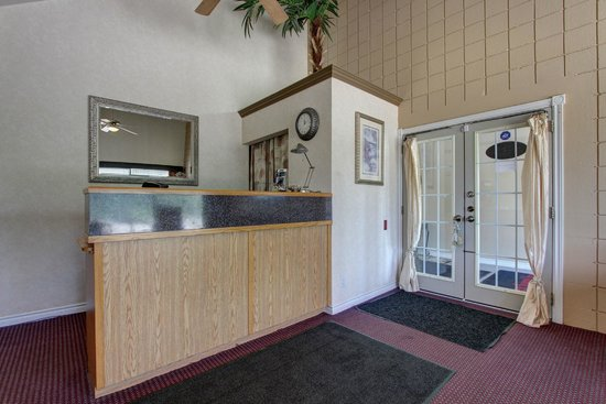 Owen Sound Inn: Reception