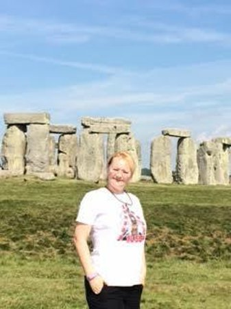 Archaeologist Guided Tours: Stonehenge June 2014