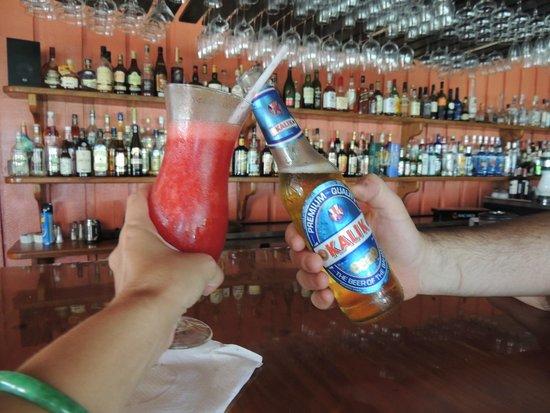 Stella Maris Resort Club : beach bar. love Sue & Karen & Queen