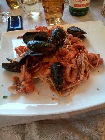 Al Postiglione : Spaghetti allo scoglio