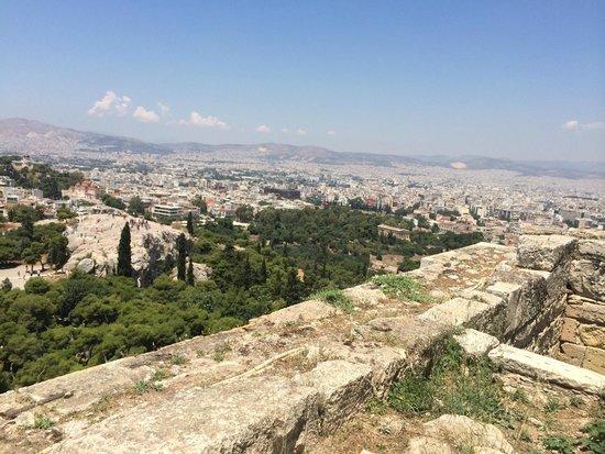 Acropolis: Вид с Акрополя на город