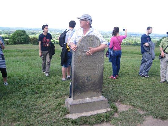 Mary Gibbons Tours: Hill of Tara.