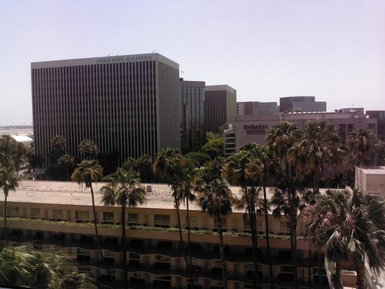 Los Angeles Airport Marriott: View from Room 1015