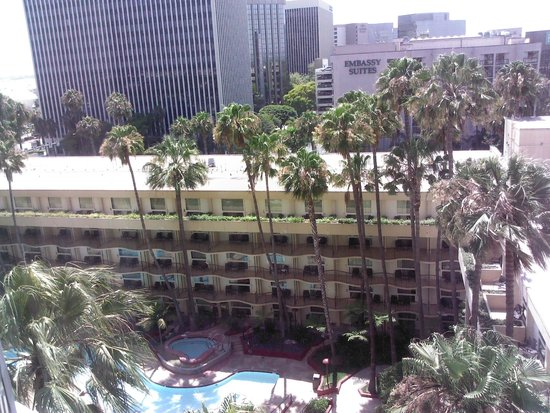 Los Angeles Airport Marriott: View from 1015