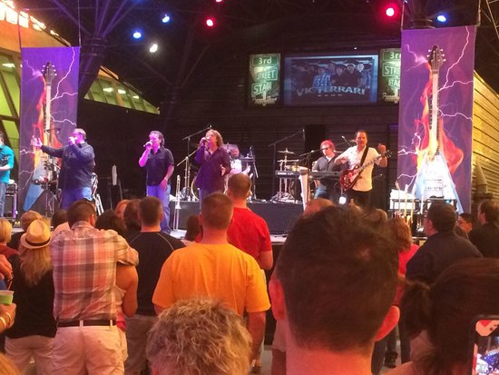 Fremont Street Experience : Vic Ferrari band playing on Fremont Street, April 11, 2014