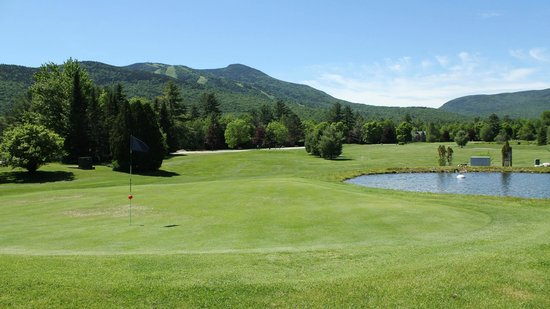 Waterville Valley Golf Course: Surrounded by the White Mountain National Forest.