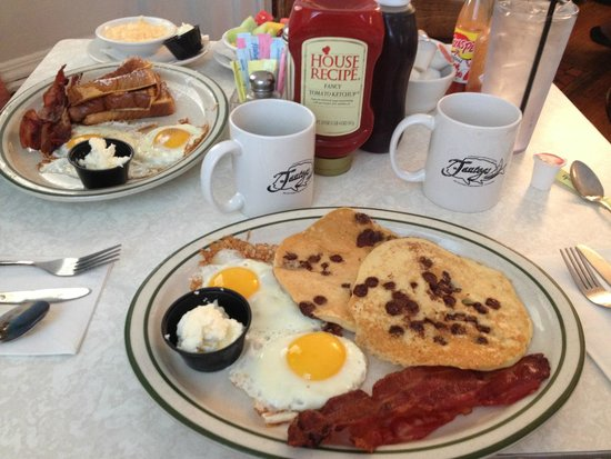 Doc Taylor S Restaurant Breakfast At