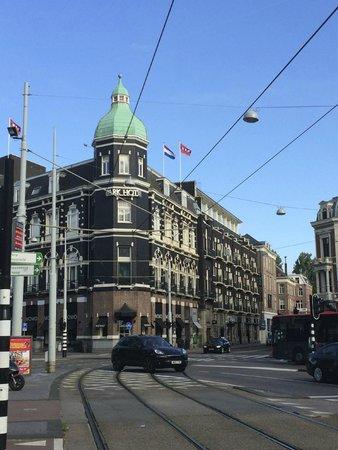 Park Hotel Amsterdam: Hotel visto da rua