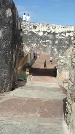 Site historique national de San Juan : Rampart