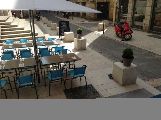 Terrasse 5 picture of 23 restaurant caviste bio lyon for Restaurant terrasse lyon