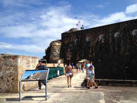 Site historique national de San Juan : Ramp to Triangle Staircase to go back up