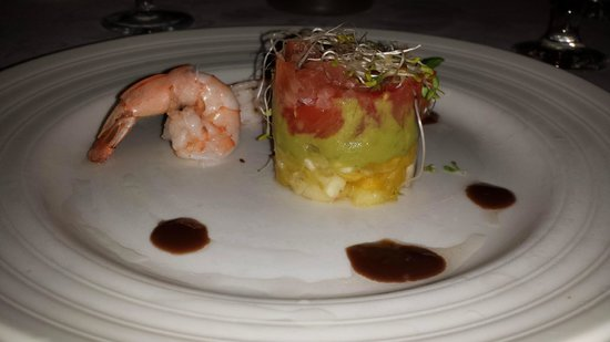 Luxury Bahia Principe Ambar Blue Don Pablo Collection: Shrimp and Salmon appetizer at Le Gourmet