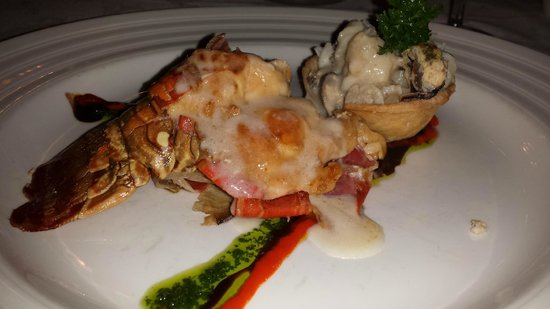 Luxury Bahia Principe Ambar Blue Don Pablo Collection: Lobster at Le Gourmet