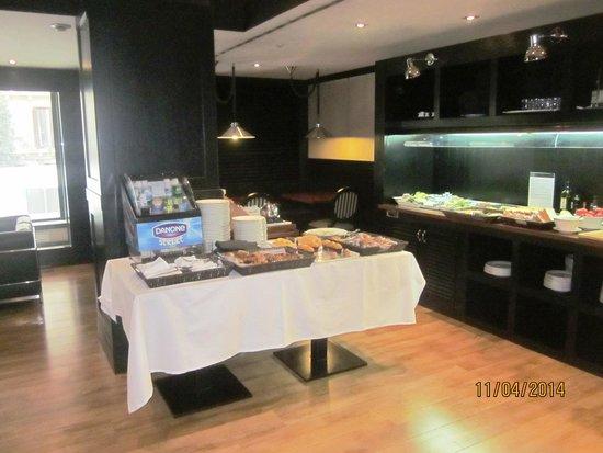 EuroPark Hotel : café da manhã