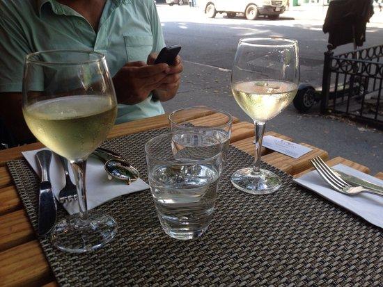 Piccola Cucina: Sidewalk table