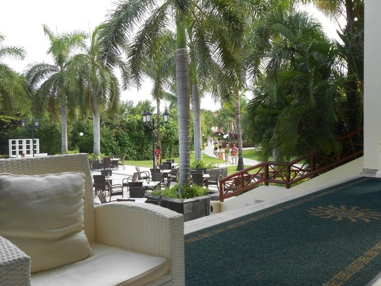 Grand Bahia Principe Coba : view from lobby seating area
