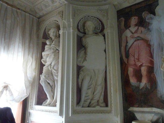 Casa Museo Palazzo Valenti Gonzaga : Bedroom