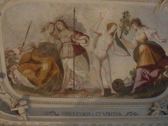 Casa Museo Palazzo Valenti Gonzaga : Bedroom Ceiling