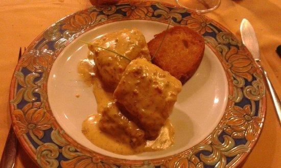 Hotel La Villa : Merluza de pincho con salsa de erizos....