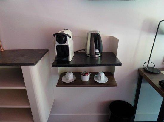 Best Western Plus La Demeure: Máquina de Nespresso