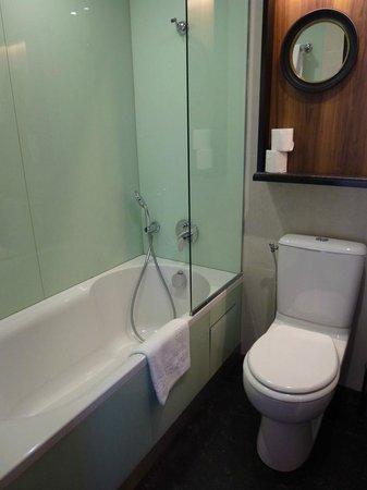 Best Western Plus La Demeure : Banheiro