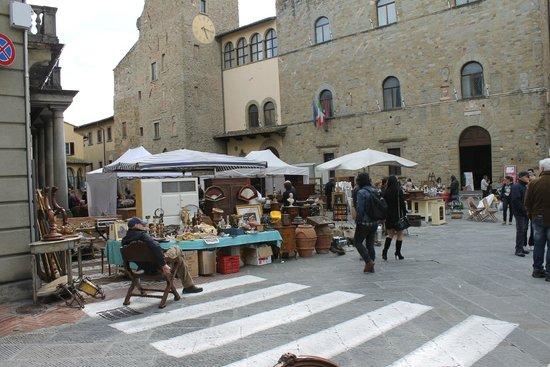 Picture of fiera dell 39 antiquariato di for Arezzo antiquariato