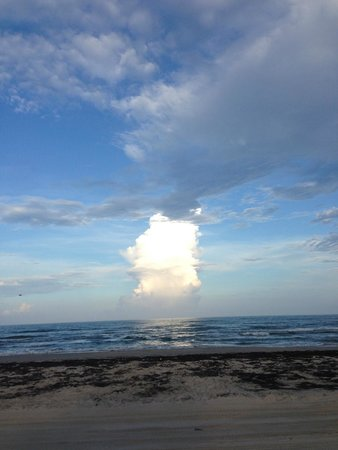 Padre Island National Seashore: Afternoon cloud over the gulf off of PINS