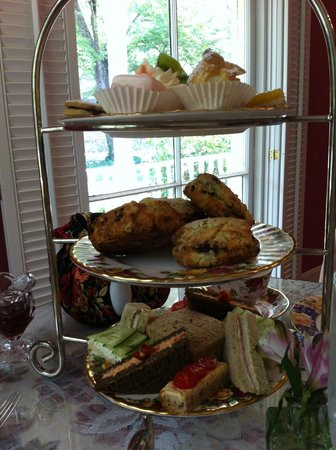 The Potted Geranium Tea Parlor & Gifts: Traditional Tea Tray