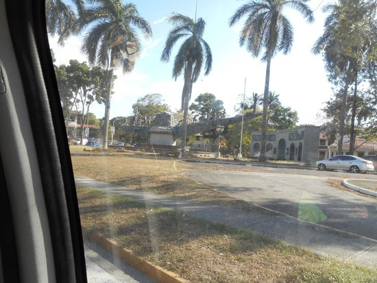 Casco Viejo: View near the Panama canal