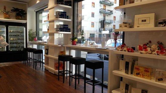 Rizzo Coffee Food and Cake Shop