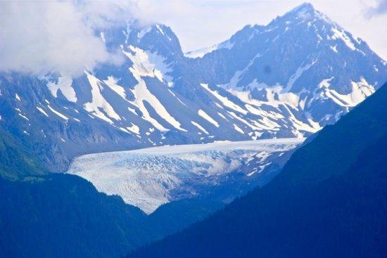 Adventure Sixty North - Day Trips: Glacier near Resurrection Bay